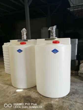 重庆1吨加药箱搅拌箱供应