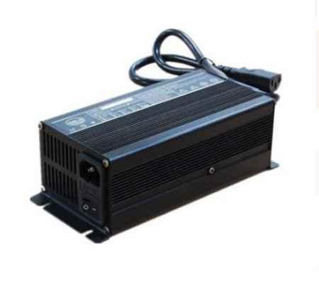 广东24V15A山地车铅酸电池充电器生产厂家