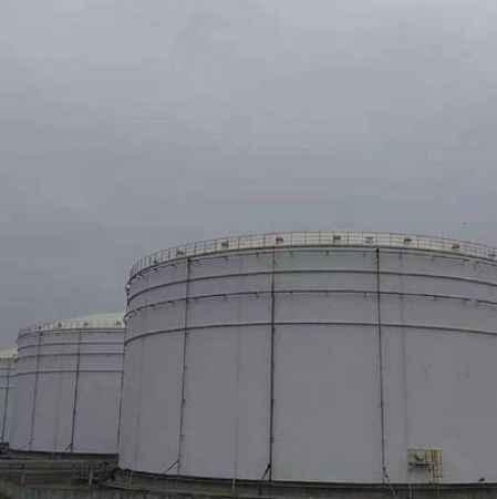江苏大型化工储罐维护涂装现场施工